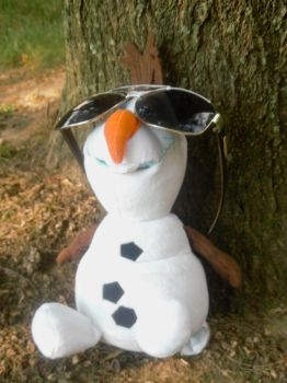 Olaf Relaxing in Summer Under A Tree by TheWizardofOzzy