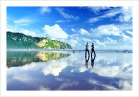 ...Mirror at Parangtritis... by iyoed