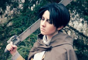 Levi Ackerman by silkybean