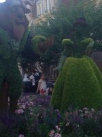 Beauty and the Beast Hedges by Simpsonsfanatic33
