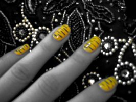 Striped Nails on Beads by blackrosexox625