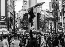 Acrobatics in the street by lecristoph