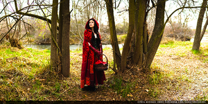 Coslpay Photography: Red Riding Hood by SomaKun