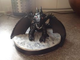 Black dragon icing by Gryphondrake7991