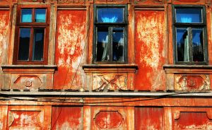 Red House Blues by DecoYserbia