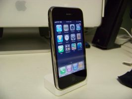 iPhone 3G by TheMacNerd