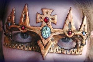 Mask of the King by Namingway