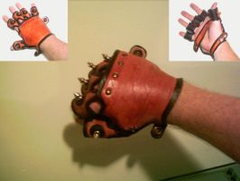 Leather Gauntlet glove by Dragon8or