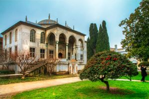 inside Topkapi palace by m-eralp