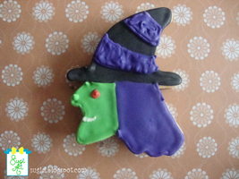 Halloween Witch Cookie by SugiAi