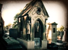 Pere Lachaise by gusti-boucher