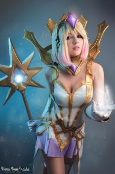 Elementalist Lux (Light Form) By Horo Von Kaida by HoroVonKaida