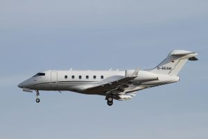 Bombardier Challenger 300 (BD-100-1A10) by PlaneSpotterJanB
