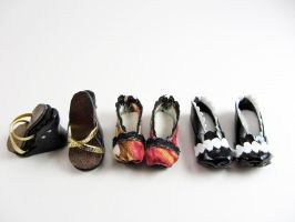 Homemade shoes for Monster High doll by Milk-and-Bunny