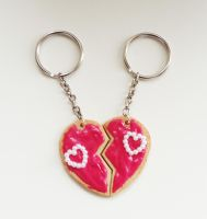 Split Heart Cookie by FrozenNote