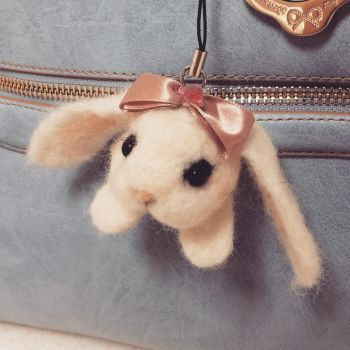Giveaway! Needle Felting bunny by minicuteclub