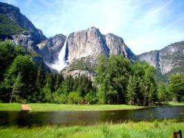 Spring at Yosemite Falls by Geotripper