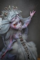 White Nightingale - Draculaura ooak monster high by kikicri88