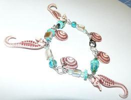 Song of the Seahorse Bracelet by Eliea