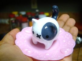 Tubby Kitty by SprinkleChick