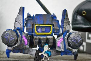 Vinyl Scratch Soundwave Boom BOX by ConvoyKaiser