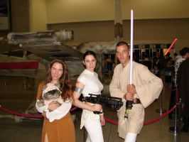 CE: Leia, Padme and a Jedi by Mirax-chan