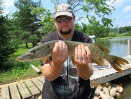 Look At This Fish 27 inch pike by catsvsfox