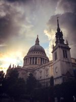 St.Paul's Cathedral by LauraTolton
