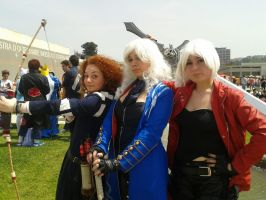 Cosplay Female Dante, Female Vergil and Merida by DanteRedgraveSparda