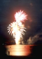 Fireworks Over The Water by primalx