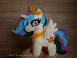 Celestia Plush by CaveLupa