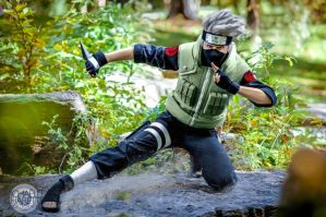 Kakashi in Action by Suki-Cosplay