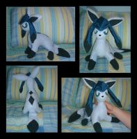 Glaceon Plush by PokemonMasta