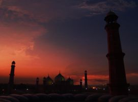 Lahore mosque by imrantshah