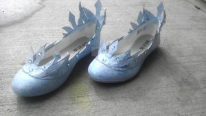 Elsa's shoes completed by Seras-Loves-Master