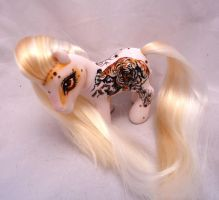My little pony custom Abhinetri by AmbarJulieta