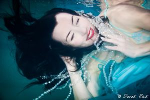 Underwater with Kim 02 by vazagothic