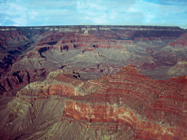 Grand Canyon : color. by bluetogray