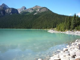 Lake Louise 3 by raindroppe