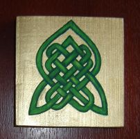 The Endless Knot: Green by Guenieviere