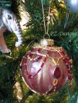 Christmas Ornament - Red and Gold by PurlyZig