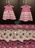 Little crocheted dress by Vampiano