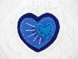 Blue felt heart brooch by PeachPodHandmade