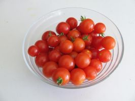 Cherry Tomatoes in Bowl stock by dtf-stock