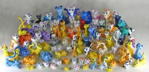 Gang is all Here Kitty Photo by kaikaku