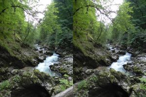 Stereoscopic stone hole at the river by GizmoX7