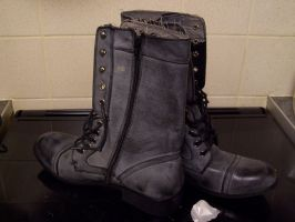 ARMY BOOTS STOCK by Theshelfs
