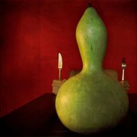 Bigger Than Usual: Pear by MartinStranka