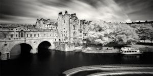 Pulteney Bridge in Bath by xMEGALOPOLISx