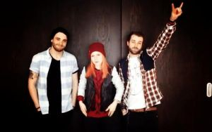 +paramore gif. by MrsHendersonWay